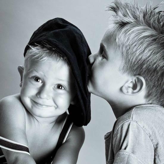Dolci Pose Foto Bambini - Studio Fotografico Fotoprogress Budrio - Antonella Piazzi Photographer - fotografo neonati Bologna - Antonella Piazzi foto bimbi e gravidanza maternity